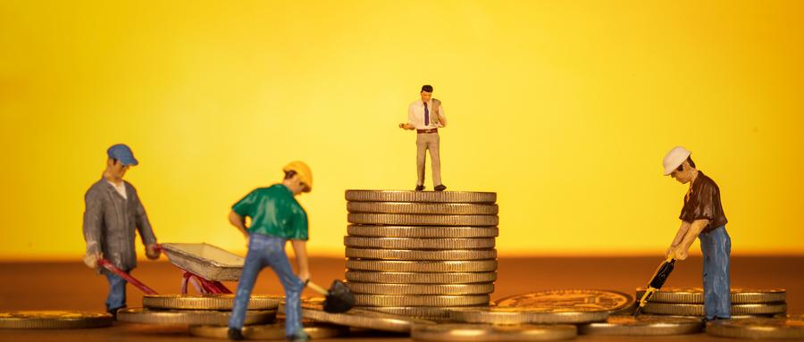 融资难、负担重 中小企业如何走出困境?